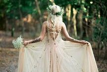 BOHO Weddings / Boho wedding ideas and bohemian wedding tips and decor.  #bohowedding #bohochic #boho