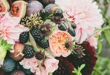 BERRIES in Wedding Flowers / Fun & stylish BERRIES for your wedding or event  ! Order wholesale DIY flowers & BERRIES online. www.fabulousflorals.com  #berries   #diyflowers #wholesaleflowers