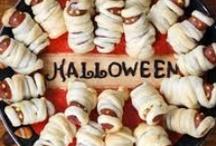 Halloween / Foods, Snacks, Desserts, and Crafts / by Lindsay Garner