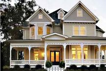 Houses / My dream house! / by Lindsay Garner