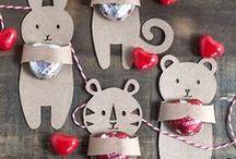 DIY Valentine's Day Cards / Crafts / Valentine's Fun