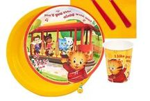 Daniel Tiger Party Ideas / Are you having a Daniel Tiger Party? Here are some party ideas.