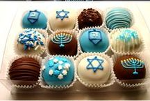 Hanukkah / Decor, recipes and more to celebrate the Festival of Lights!