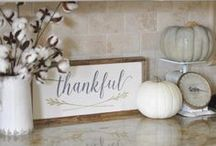 Thanksgiving Decor / Thanksgiving decor, inspiration, and ideas.