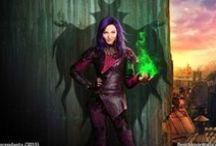 Disney Descendants (2015) / Wallpapers hd from Disney's #Descendants movie with all characters and #Mal.