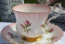 Porcelain cups pots plates / decorations