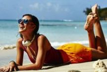 Ab an den Strand! / Hübsche Bikinis und Badeanzüge für den Sommer