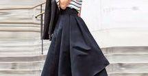 Modetrends für den Frühling und Sommer 2018 / Asymmetrische Röcke und Kleider, Teile in der Trendfarbe Baby Boy Blue, Karomäntel, Kitten Heels und Satin gehören zu den Frühlingstrends und Sommertrends 2018.