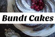 bundt cakes, cakes, easy cakes / #bundtcakes easy bundt cakes, bundt cakes with chocolate, bundt cakes with fruits, easy, vanilla bundtcake, mini budntcakes
