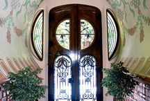 Doors around the World / Unique and Colorful Doors