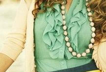 Mint to Be / Beautiful ways to style and accessorize with the color mint.