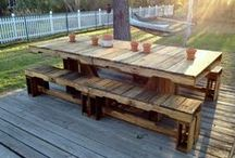 Pallet ideas / Furniture that can be made using pallets