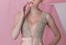 Vestidos longos / by Atelier Silvia Bevilaqua