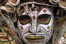Máscaras, tocados, peinados y modificaciones corporales