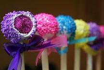 Cake Pops / by Brandi - Tweedle Dee Designs