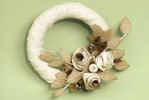 Wreaths / by Kate Rincon