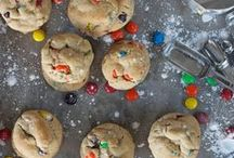COOKIES AND COCOA PARTY / This board was made to show more ideas that I didn't include in my post: http://thetrendychick.blogspot.com/2012/12/shindigs-by-scarlett-post-christmas.html