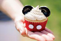 Festa ♡ Minnie and Mickey ♡ 02 / Decoração, comidinhas, lembrançinhas, roupas e afins.