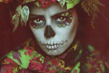 Sugar skulls,the dead / Sugar skulls and more...
