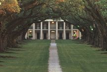 Plantations / Slavery was wrong no argument there, but the plantation houses are beautiful! I love the south!