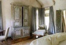 Interior Design / Decoração e seus elementos: móveis, cores, etc... / by Luiza Tourinho