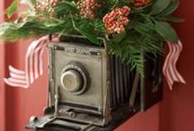 Deck Your Halls / The holiday season is a busy time for photographers and photo labs alike! Whether you're decorating your home, studio for shoots, or office space, here are some fun ideas for holiday decor.