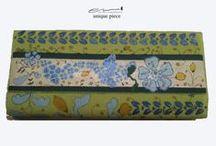 ENuniquepiece Handbags / Pochette di pelle o di cuoio dipinte a mano.
