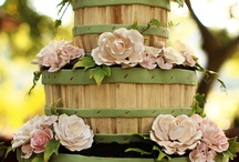 BEAUTIFUL CAKES... / by Glenna Mesa