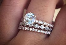 Engagement Rings / Let these rings inspire you in your hunt for the ring that sings your name.