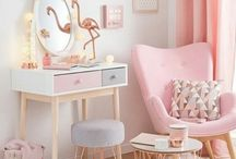 Blush pink decor