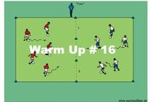 """EASY SOCCER DRILLS / All of the training units and soccer drills can easily be adapted to the ability of each individual team. The units have all been pre-sorted into three levels of difficulty: """"Easy"""", """"Medium"""" and """"Advanced""""."""