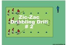 """MEDIUM SOCCER DRILLS / All of the training units and soccer drills can easily be adapted to the ability of each individual team. The units have all been pre-sorted into three levels of difficulty: """"Easy"""", """"Medium"""" and """"Advanced""""."""
