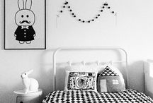 Kids // / #minimalist #black #white #nordic #scandinavian #scandi #kids #kidsroom #living #natural