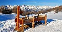 Hautes-Alpes - Nouvel an à Molines (Queyras) / Au départ de Molines-en-Queyras, village frontalier de l'Italie, 5 jours en étoile et en raquettes proposent une randonnée sauvage à travers un pays authentique et une neige en abondance, ainsi qu'un nouvel an original en paillettes (Hautes-Alpes, PACA)