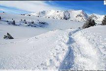 Pyrénées - La Bollosa, petit Canada pyrénéen / Pour le réveillon du nouvel an, le site de La Bollosa dans les Pyrénées est la destination idéale ! Traversée du lac gelé des Bouillouses et des grands espaces vierges sous un soleil méditerranéen ! A parcourir en raquettes de neige http://photos.ankryan.net/album/20-france-la-bollosa-petit-canada-pyreneen