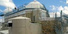 Pyrénées - Pic du Midi de Bigorre / Montagne des Hautes-Pyrénées (alt 2877 m), le Pic du Midi de Bigorre est connu pour la présence d'un observatoire astronomique et d'un relais de télévision. Randonnée de 7 heures depuis Barèges : +1600 m de dénivelé.  + de photos : http://photos.ankryan.net/album/47-france-pic-du-midi-de-bigorre