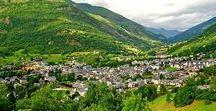 Pyrénées - Luz-Saint-Sauveur / Luz-Saint-Sauveur est un village de montagne dans les Hautes Pyrénées. A proximité du Pic du Midi, Cirque de Gavarnie et du Parc National des Pyrénées. Paysages, légendes et nature... A Luz, vous plongez dans l'univers d'une montagne préservée et vivante.