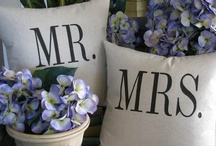 Wedding Gift Ideas / The most unique and wonderful wedding gifts that newlyweds love.