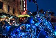 motos y autos / distintos modelos de motos y autos