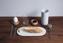 """Plate_R / """"Plate_R""""with the matching grey and white colors create a compatible combination. The thin edge of """"Plate_R"""" is designed to seem as if it is floating on the dining table, presenting an exclusive proportion for a certain moment and the beauty of Taiwanese ceramics."""
