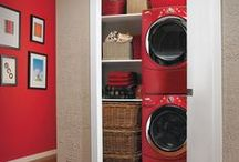 Space Maximized! / Maximizing storage and use of small spaces
