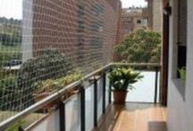 Ventanas y balcones / Bloqueos y redes de seguridad infantil para evitar graves accidentes