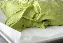 Matcha / Baka och laga mat med det underbara japanska gröna teet matcha som används bland annat i den berömda japanska teceremonin. Läs mer om matcha  här: https://www.freakykitchen.se/sv/artiklar/inspiration/matcha/index.html
