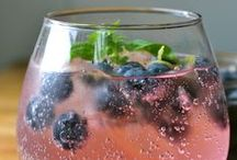Drinks  / Breakfast smoothies, Health drinks and smoothies, fruity drinks, cocktails, adventurous cocktails, drinks that I'll make for future parties, drinks that are just incredibly pretty and drinks that I really want now!