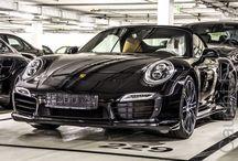 Porsche museum / Dagje met Michel naar het Porsche museum in Stuttgart Duitsland geweest, mooi museum....