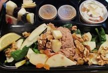 Les boîtes à lunch, salades repas / Tout dernièrement nous avons modifié notre raison sociale pour 1000 Grammes Bistro Glouton et Traiteur.  Nous sommes officiellement un traiteur...  Nos menus sont disponibles au info@1000grammes.com