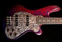 Bass Guitars / Bass guitars