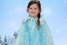 Frozen kleding- Dottig.com / Kleding, cape, handschoenen, haarvlecht, verjaardagskleding en nog veel meer van Prinses Elsa en Anna uit de film Frozen.