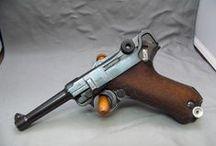 Waffen/Werkzeug / by Ak41