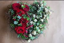 Funeral inspiration / Ideas to help you choose designs, styles and ideas for funeral flowers - there are such a lot to choose from.